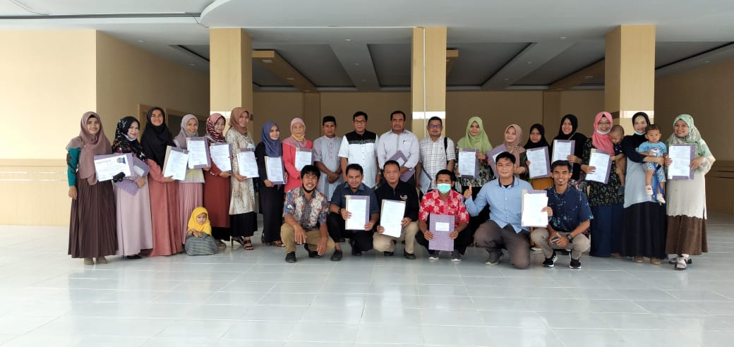 24 Dosen UMS Rappang menerima SK Kenaikan Pangkat dan Inpassing
